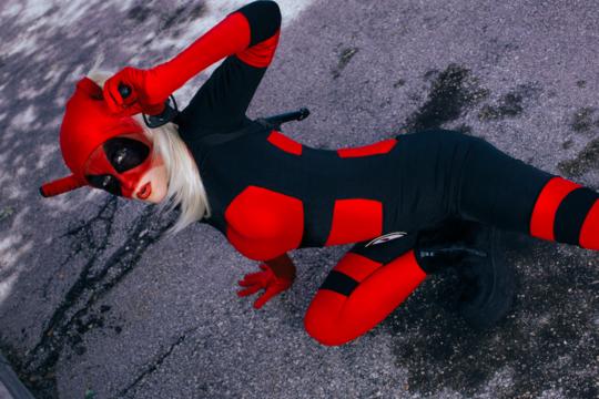Lady Deadpool Scarlet Red Black Shoulder Gloves Unitard