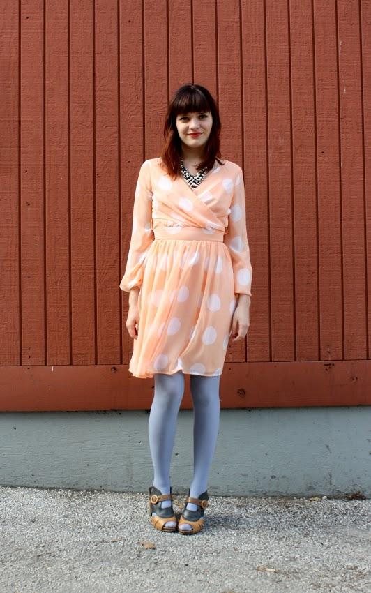 Peachy Keen - We Love Colors