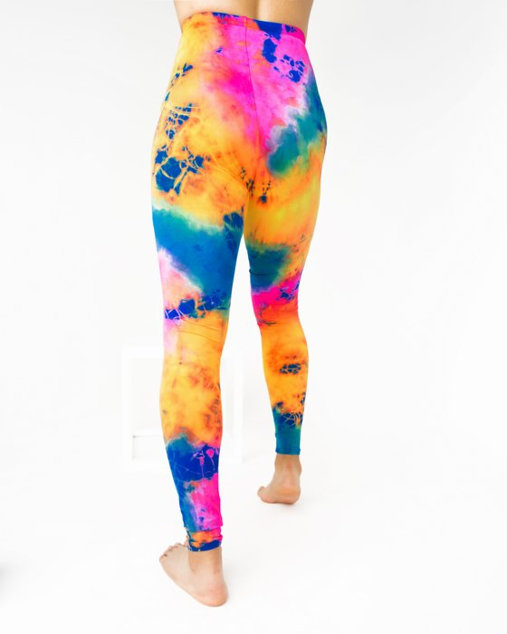 7411 Footless Performance Tights Leggings Style# 1047 | We Love Colors