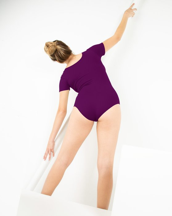 5013 W Rubine Short Sleeve Leotard
