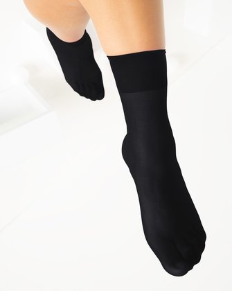 1528 W Black Socks
