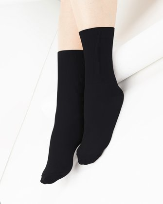 1551 Black Ribbed Top Crew Socks